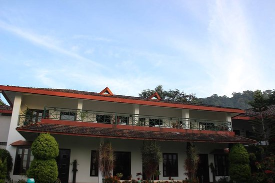 Entrance - Amritara Ambatty Greens Resort Photo