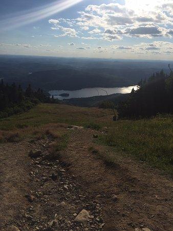 Mont Tremblant Resort: Vista desde la cumbre de la montana