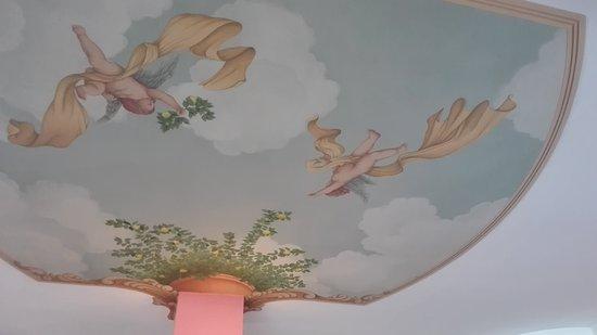 Santa Maria degli Angeli, Italia: TA_IMG_20161023_152818_large.jpg