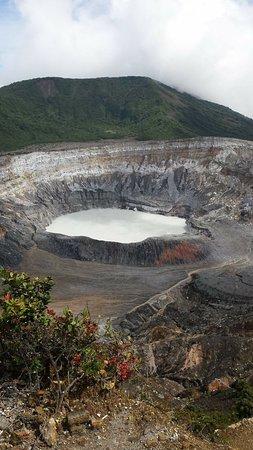 Poas Volcano National Park, Costa Rica: Vista del crater