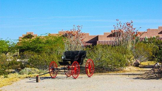 Yucca, AZ: Rawhide Rooms