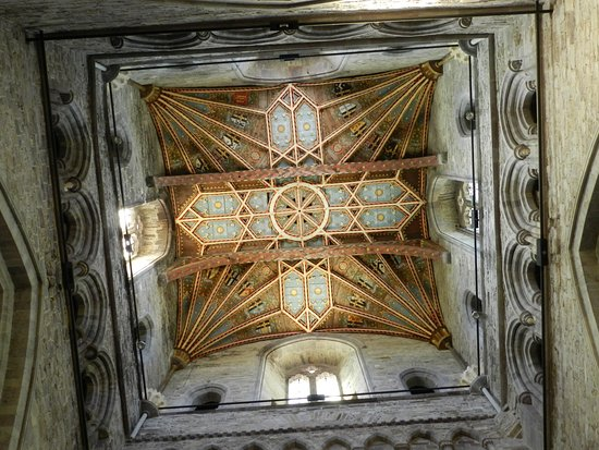 St. Davids, UK: Ceiling of the tower