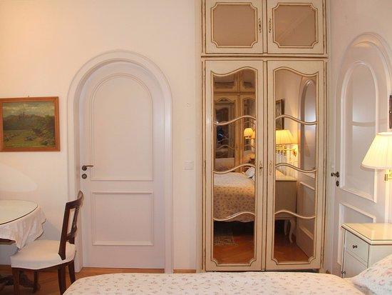 Schlafzimmer Le violetta schlafzimmer nr 2 picture of barony le pergole lugano