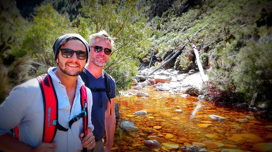 Franschhoek, Güney Afrika: Stopping for some of the freshest water in the world in the Berg River Catchment Are
