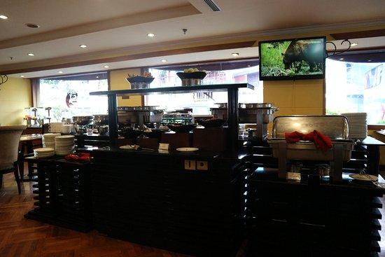 Horison Suites Surabaya: Breakfast :p