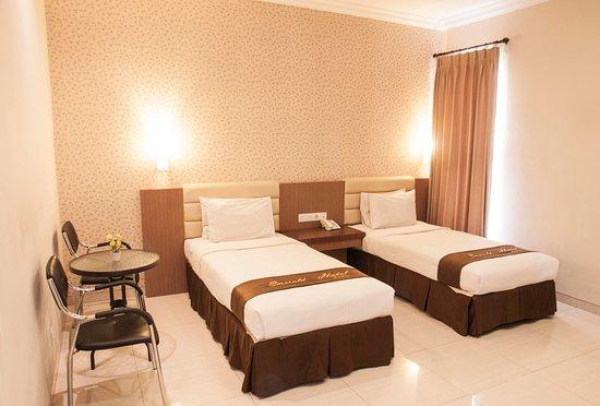 hotel emerald surabaya prices reviews java tripadvisor rh tripadvisor com
