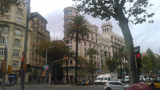 Wilson Boutique Hotel: Hotelansicht von der Avenida Diagonal aus.