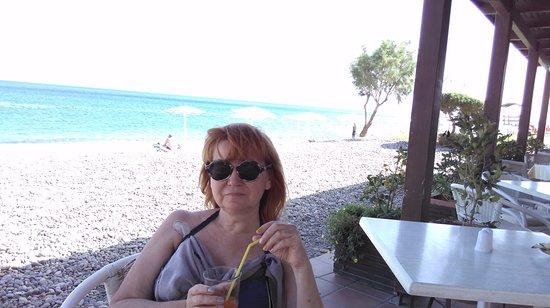 Grand Bay Beach Resort: hotelowa restauracja, praktycznie na plaży.