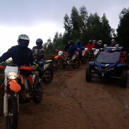 Sao Bartolomeu de Messines, Португалия: Tour Portugal avec moto en location