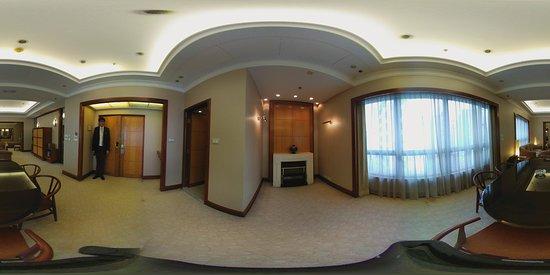 The Emperor Happy Valley Hotel: Emperor suite