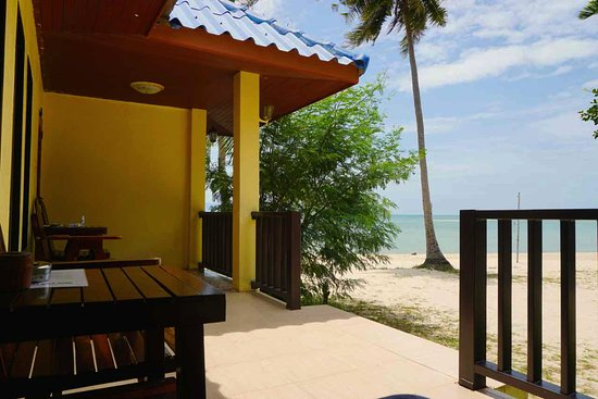 Entrance - Picture of The Beach Village Backpackers, Ko Pha Ngan - Tripadvisor
