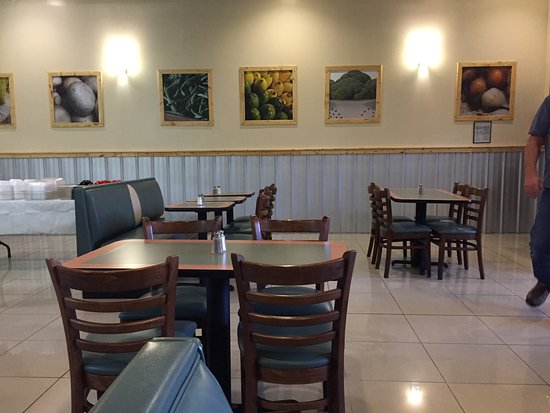 East Ellijay, GA: The decor of the wok
