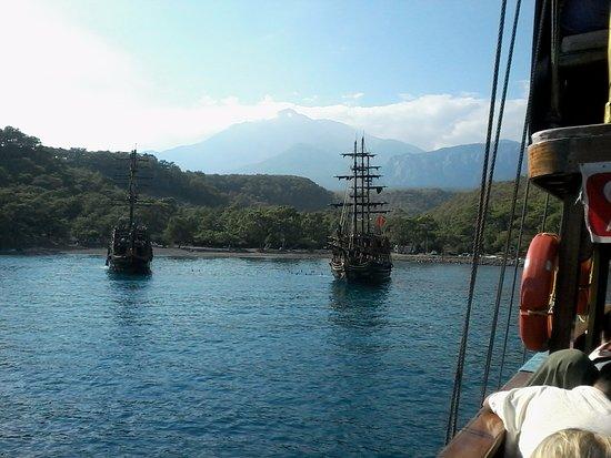 Tyrkiske Middelhavskyst, Tyrkiet: Поездка на пиратском корабле