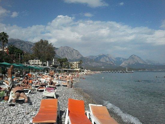 Tyrkiske Middelhavskyst, Tyrkiet: Пляж в Кемере
