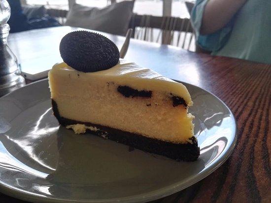 Baked Oreo Cheese Cake