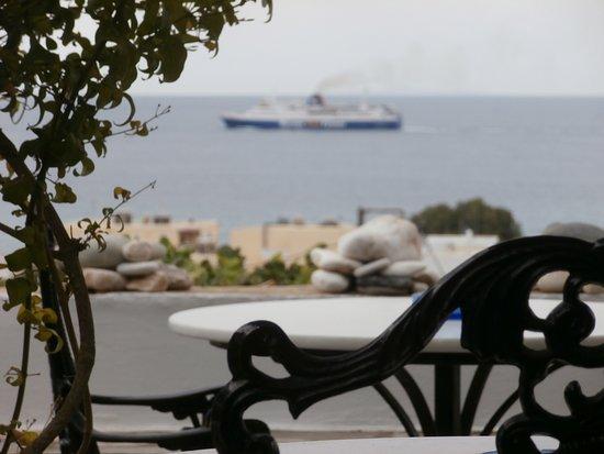 Kionia, Grecia: veranda with nice view the aegean [ cafe-snack]