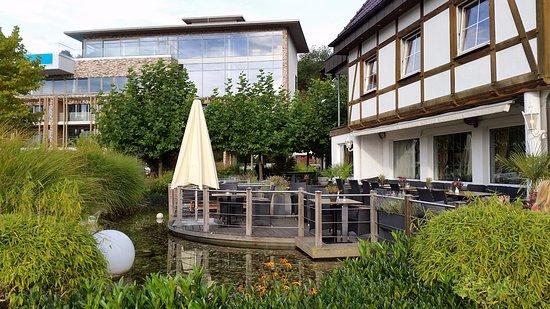 Hotel & Restaurant Seegarten: Außenansicht Haupthaus