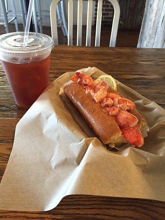 Encinitas, Californië: Lobster Roll and Tea