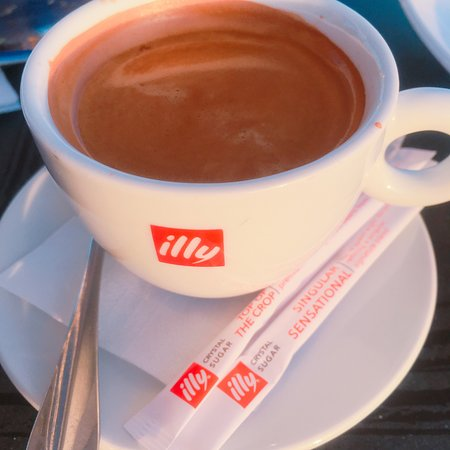 218 Degrees Cafe Restaurant: illy coffee