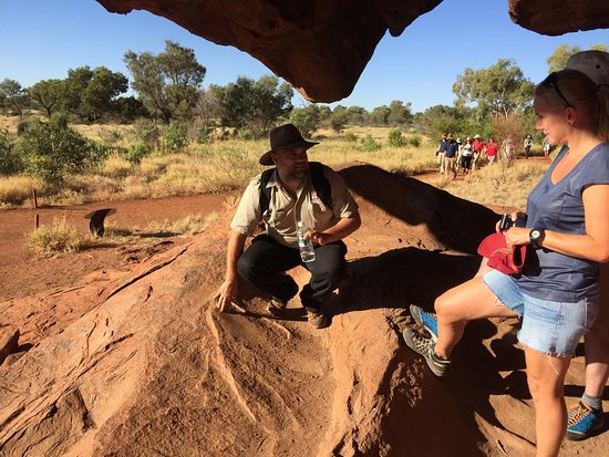 Yulara, Australie : Gary led a wonderfully relaxed and intriguing afternoon at Uluru. A truly fantastic experience.