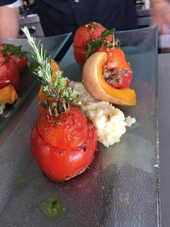 Montblanc, France: tomates farcies à la brebis, riz et butternut