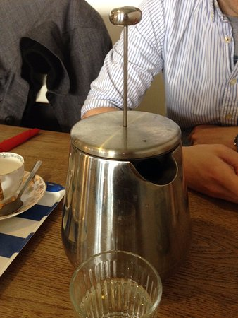 Tea strainer tea pot