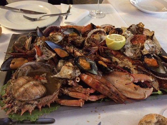 Restaurante rio astur en gij n con cocina otras cocinas - Cocinas en gijon ...