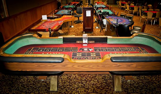 Belmont, NH: Craps and Gaming Room