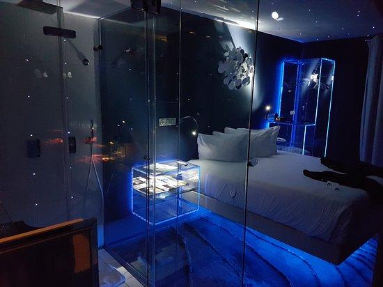 Seven Hotel Paris: 20161023_191800_large.jpg