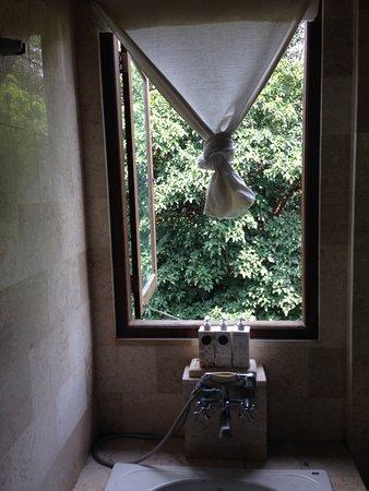 Villa Ibu: 1st floor suit bathroom
