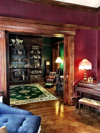Rocking Horse Manor Bed and Breakfast: photo5.jpg