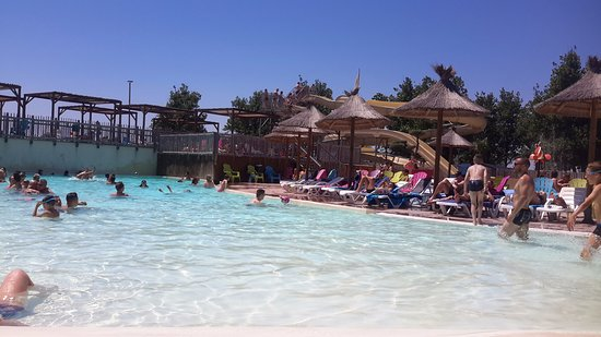 Les Mediterranees   Camping Beach Garden: Amazing Warm Clean Pool