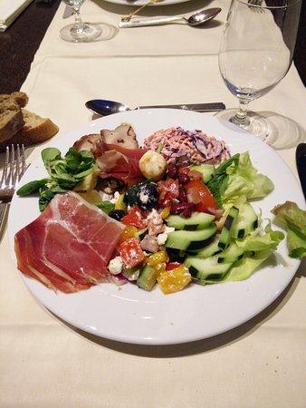 Podstrana, Croazia: Le buffet du soir