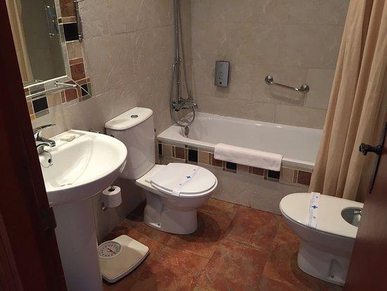 호스탈 델 캄프 호텔