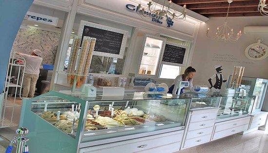 Glamour cafe castelgomberto ristorante recensioni for Arredamento pasticceria prezzi