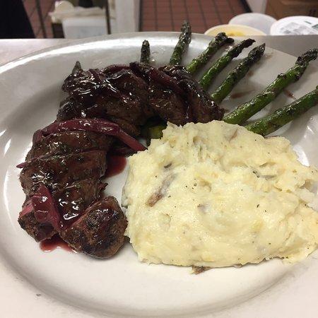 Pulaski, NY: RiverHouse Restaurant