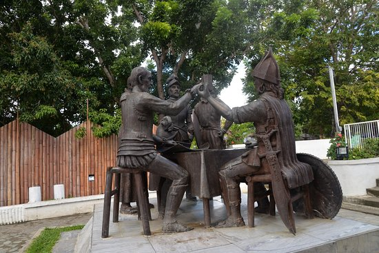 Blood Compact Monument 이미지