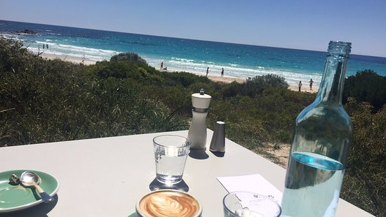 Cape Naturaliste, Australia: Outlook from Bunkers Beach House (cafe)