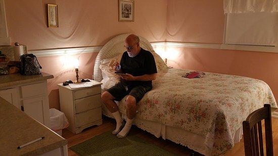 Fort Klamath, Oregón: quaint but cosy room.