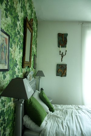Green Room Decor green room decor - picture of carcassonne bed and breakfast