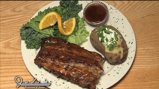 Judi's Restaurant & Lounge: Famous Baby Back Ribs