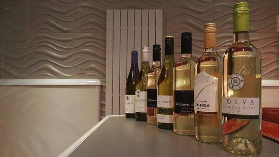 Cottingham, UK: White Wines