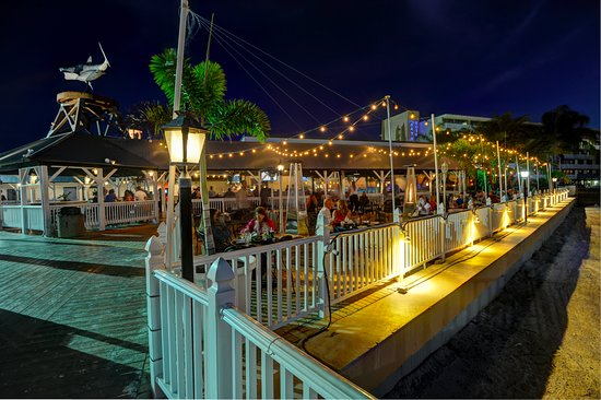 The Frey Hotel Cabanas Tampa Beach Bar Restaurant Bay