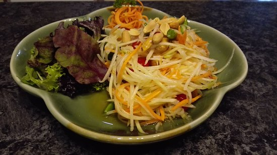 Dingley Village, Australia: Papaya Salad (Som Tum)
