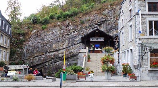 Sougne-Remouchamps, Βέλγιο: Ingang van de grotten van Remouchamps