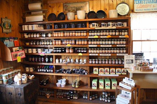 Strasburg, Pennsylvanie : Jams and jellies for sale