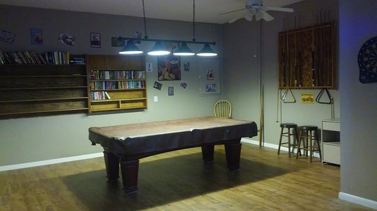 Sebring, FL: Billiard Room
