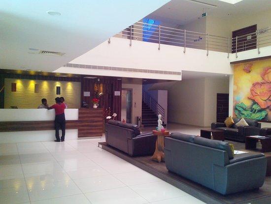 Amalapuram, India: Hotel Reception Area
