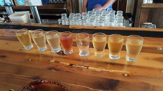 Afton, VA: Flight of ciders