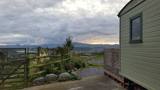 Llandudno Junction, UK: The Shepherd Hut with Views..